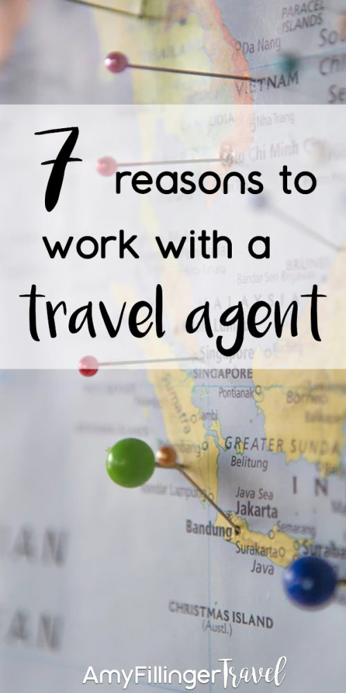 7 reasons why to work with a travel agent. Did you know that hiring a travel agent can save you time, money, and so much frustration? It's true! You'll also have access to exclusive deals, personalized service, and so much more. If you want to save money on travel, find the best travel deals and get expert advice on dream vacations, you need to read this! #amyfillingertravel #hawaiitravelagent #travelagents #travelagent #whytoworkwithatravelagent #whytohireatravelagent #findatravelagent #howtofindatravelagent #personalizedvacation