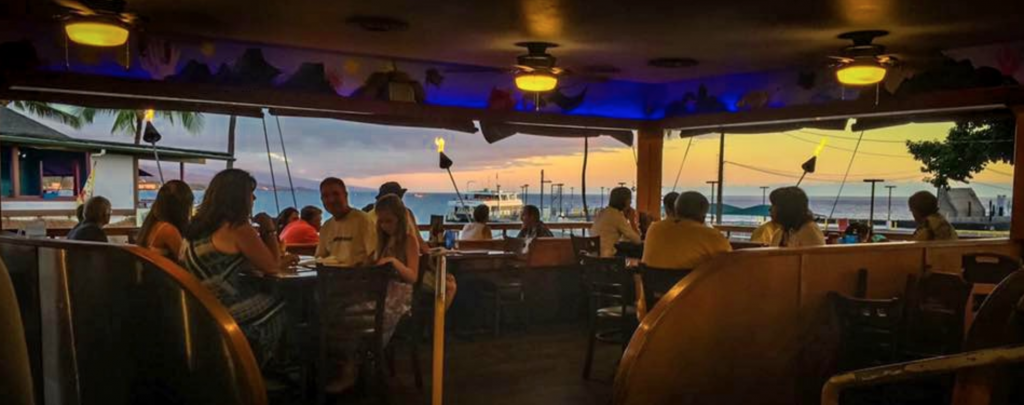 Splashers Grill | best happy hours in Kona