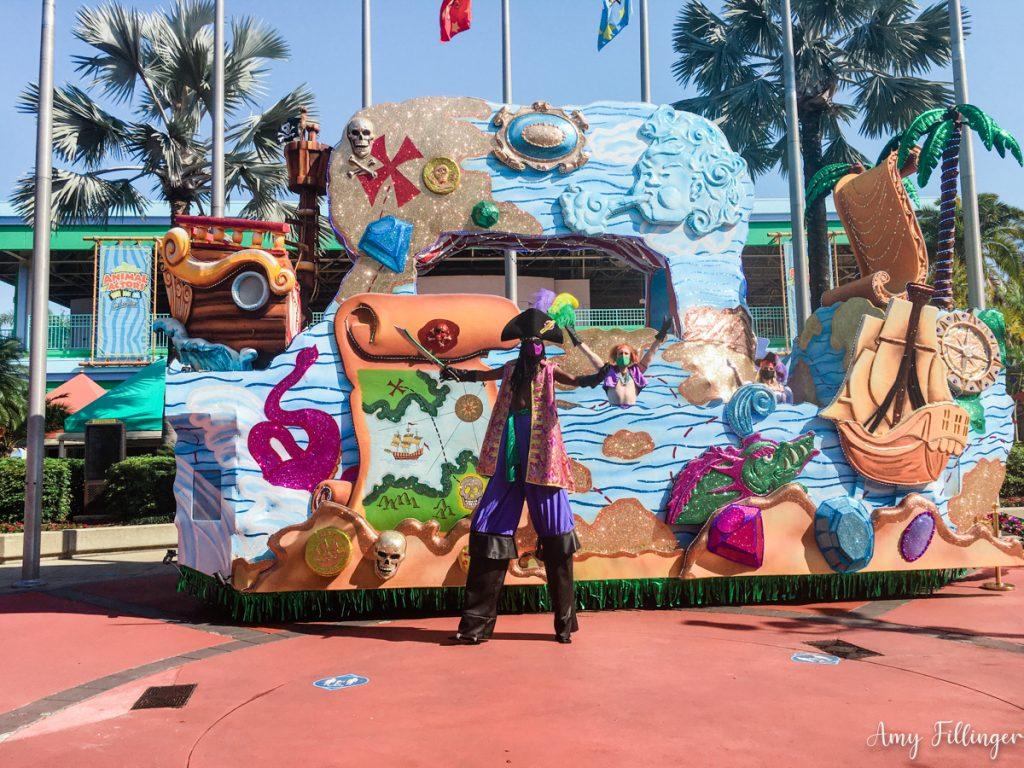 Pirate float at Universal Studios